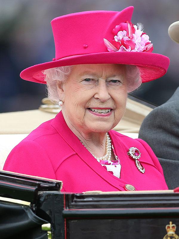 queen-elizabeth-600x800.jpg