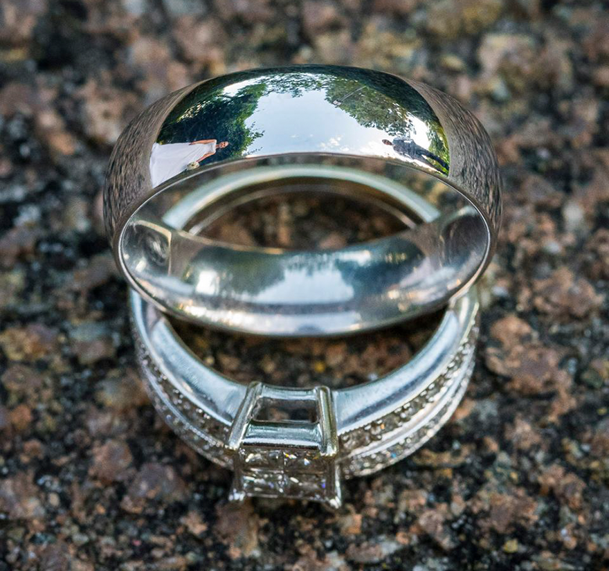 ring-reflection-wedding-photography-ringscapes-peter-adams-7_1.png