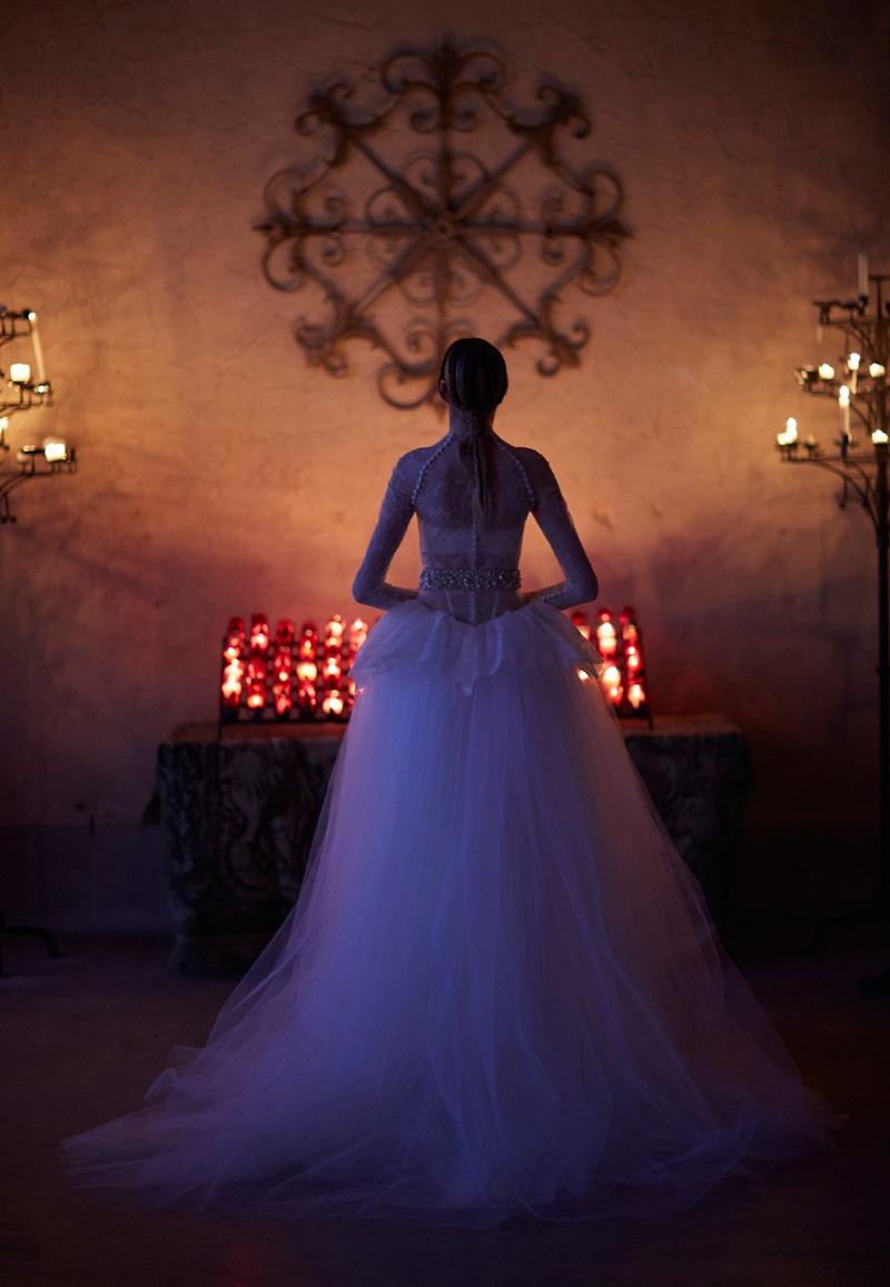 vera-wang-bridal-spring-2017-wedding-dresses13.jpg