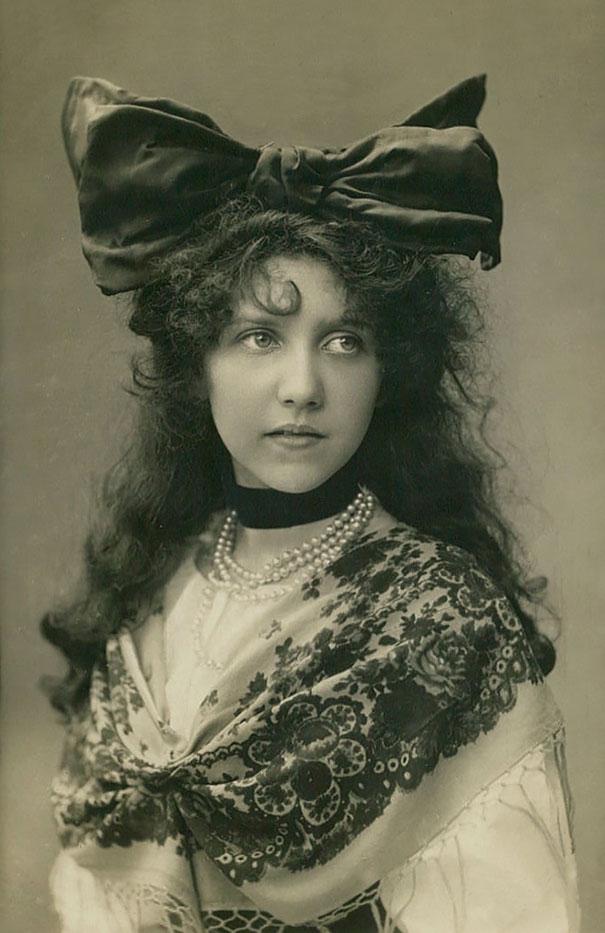 vintage-women-beauty-1900-1910-96_605.jpg