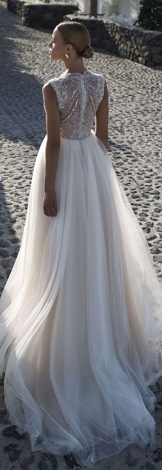 wedding_dress_szerda.jpg