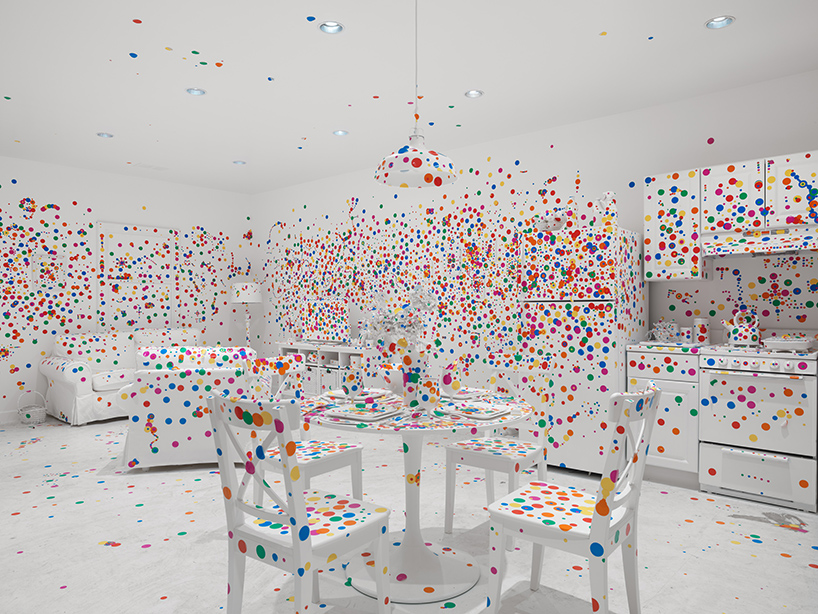 yayoi-kusama-give-me-love-david-zwirner-new-york-designboom-03.jpg