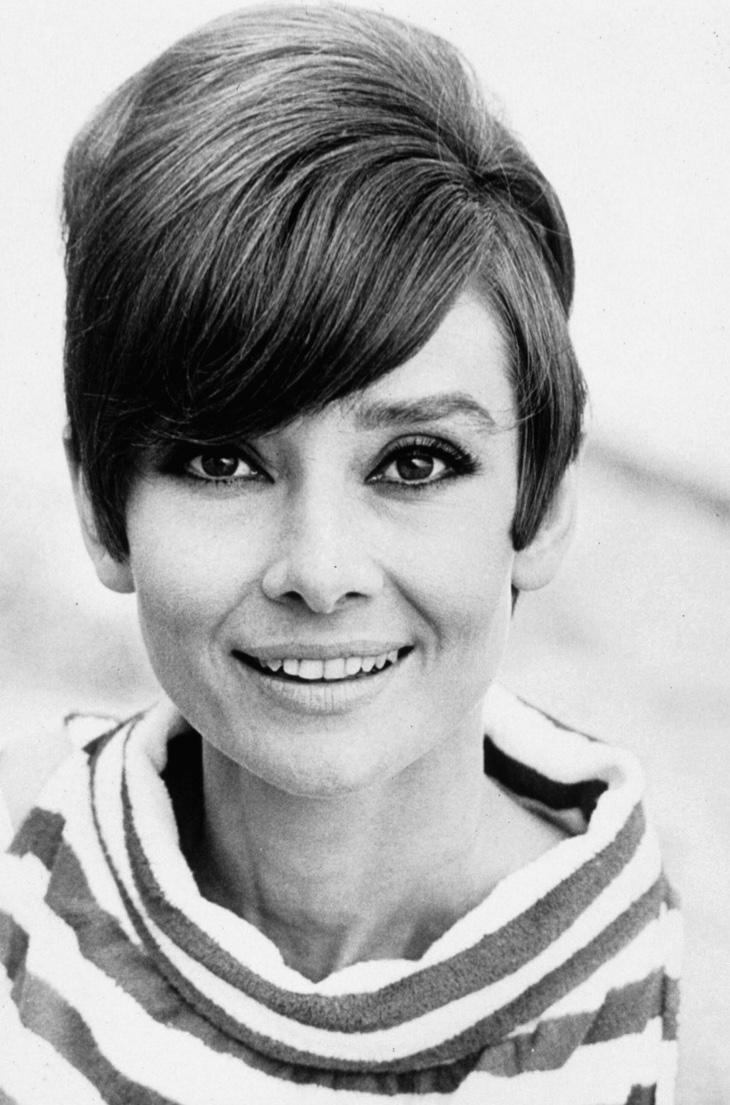 audrey-hepburn-short-1960s-hairstyle-side-bangs.jpg