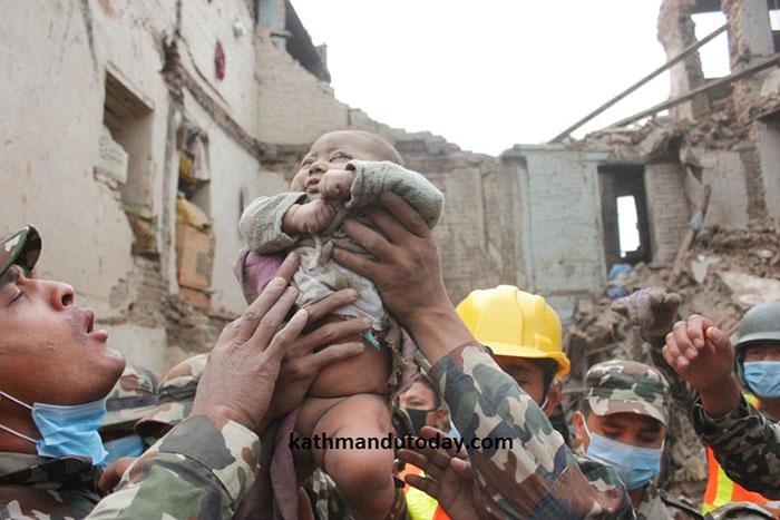 four-month-baby-rescued-earthquake-kathmandu-nepal-10.jpg