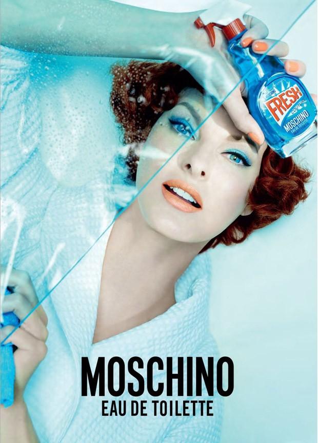 linda-evangelista-moschino-fresh-couture-01-620x864.jpg
