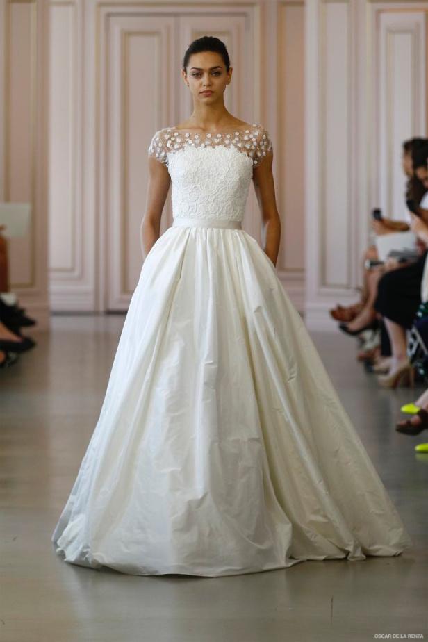 oscar-de-la-renta-2016-spring-wedding-dresses22.jpg