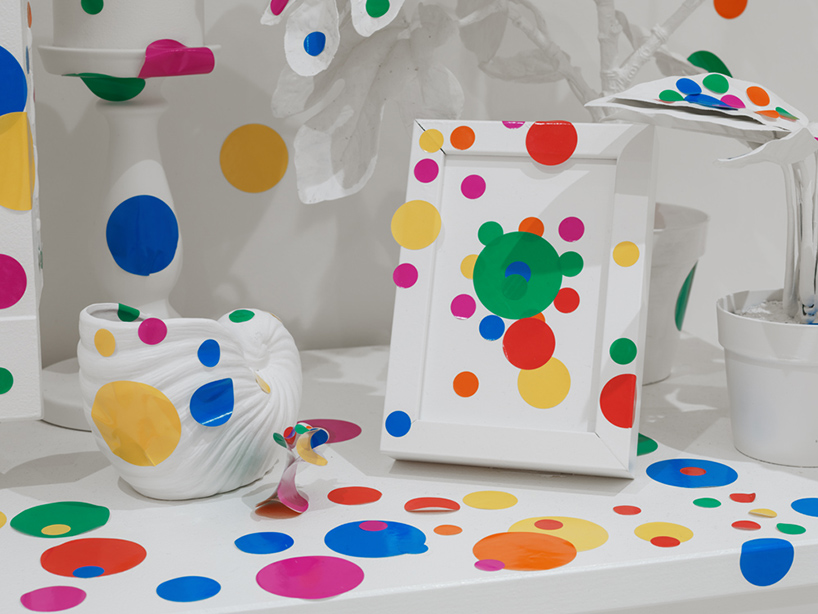 yayoi-kusama-give-me-love-david-zwirner-new-york-designboom-13.jpg