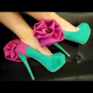 zöld cipő.jpg