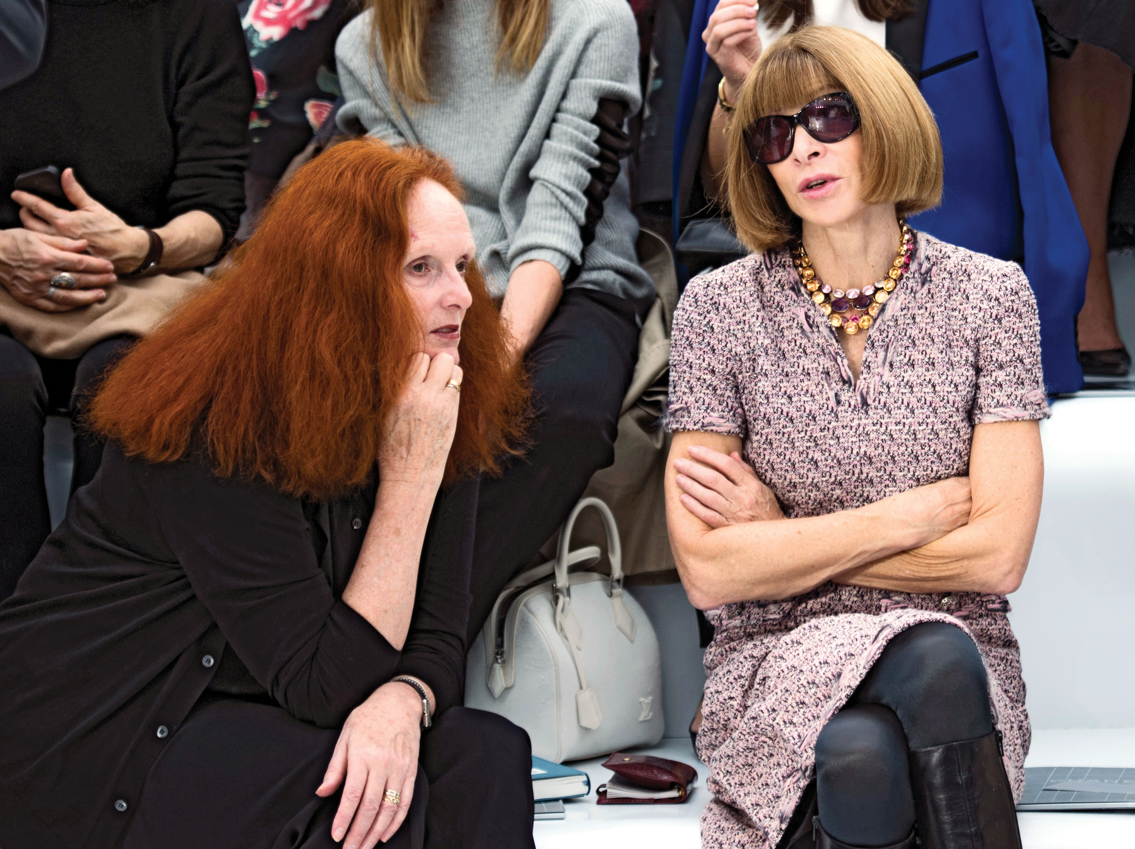 grace-coddington-and-anna-wintour-front-row-jan-12-p125.jpg