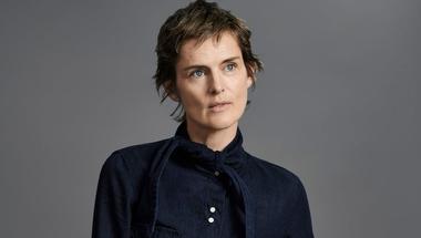 A 47 éves Stella Tennant a Zara kampányában: letisztult, időtálló, visszafogott