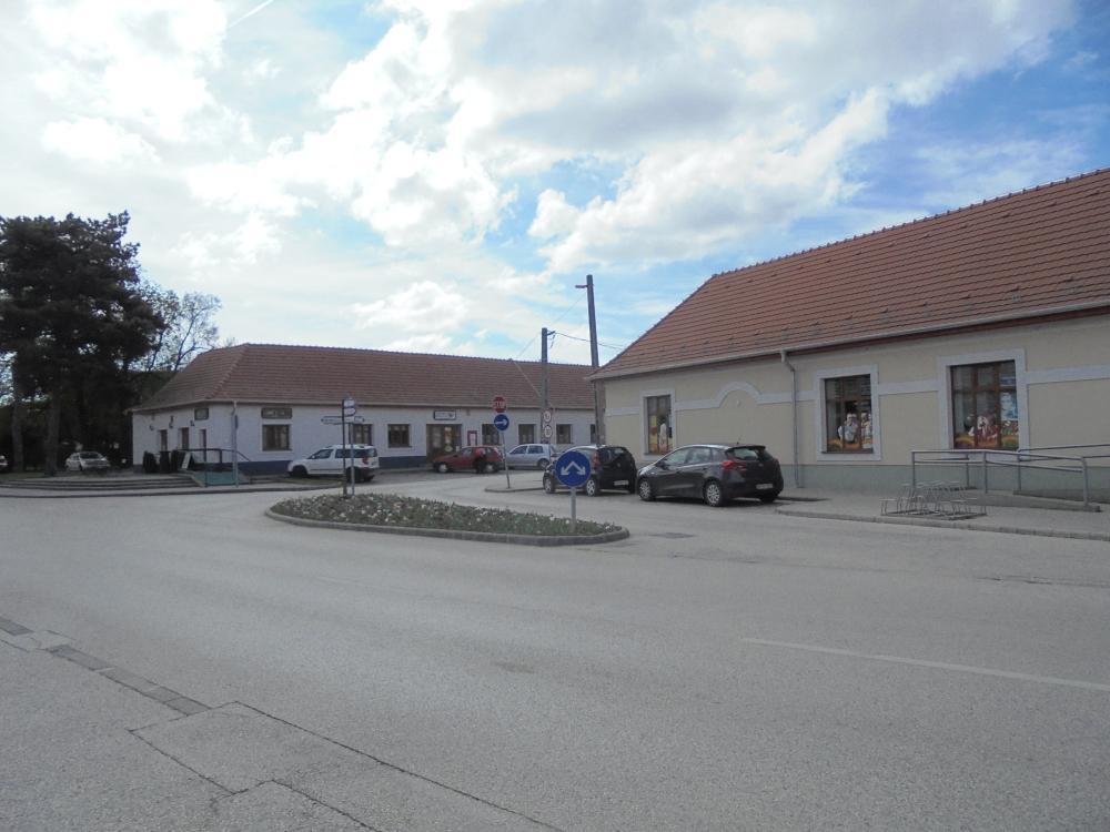 20170408_23_biatorbagy_viadukt_utca.JPG