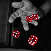 Mind kockajátékosok vagyunk...