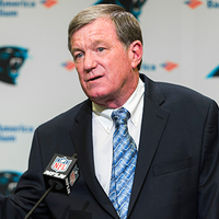 Marty Hurney a Panthers ideiglenes general managere