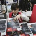 Ezrek sorakoznak a boltok előtt Japánban a Nintendo Switch-ért