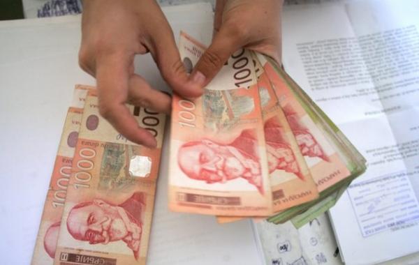 Ilyen még nem volt: a szerb állam megduplázza a minimálbér összegét!