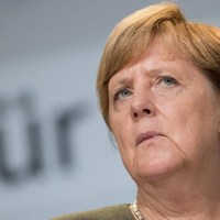 Merkel Németország egyesítéséhez hasonlította a Krím-félszigeten történteket
