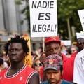 Több ezer tüntető követelte, hogy a kormány fogadjon be migránsokat