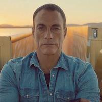 A Volvo megvette Jean Claude Van Damme spárgáját, ágyékrepesztés!