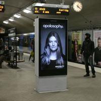Amikor egy svéd metró szele belekap a hajadba...