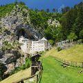 Predjama vár (Szlovéniában)