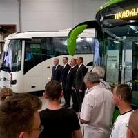 Az  alapításának 160.évfordulóját ünneplő Kühnében az ország legnagyobb buszgyárát  adták át