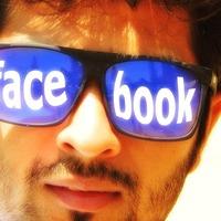 A Facebook, mint helyettesítő média