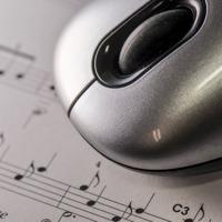 A zene az kell