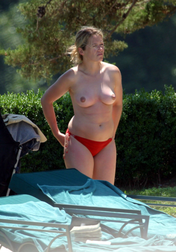 Nude mature granny pissing outdoors