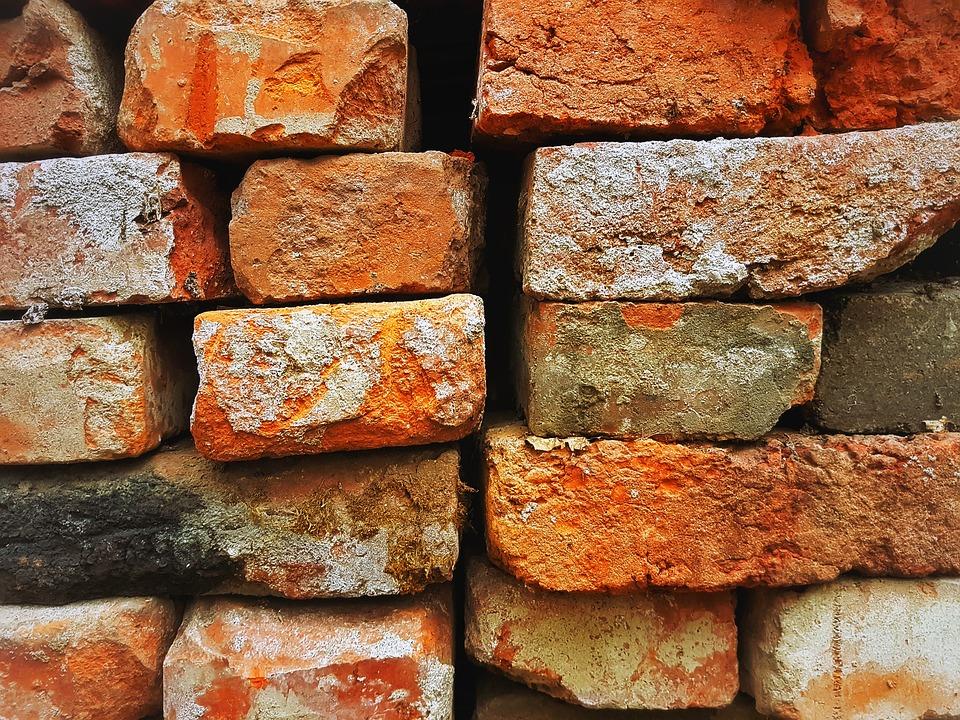 bricks-2169387_960_720.jpg