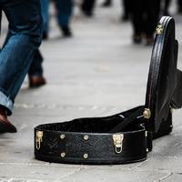 Zene és pénz