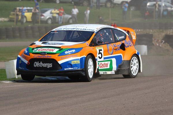 Ford Fiesta király autódekorációval