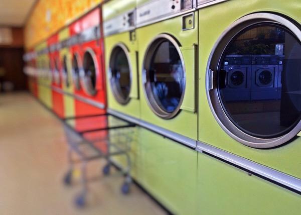 laundry-1368552_1280.jpg
