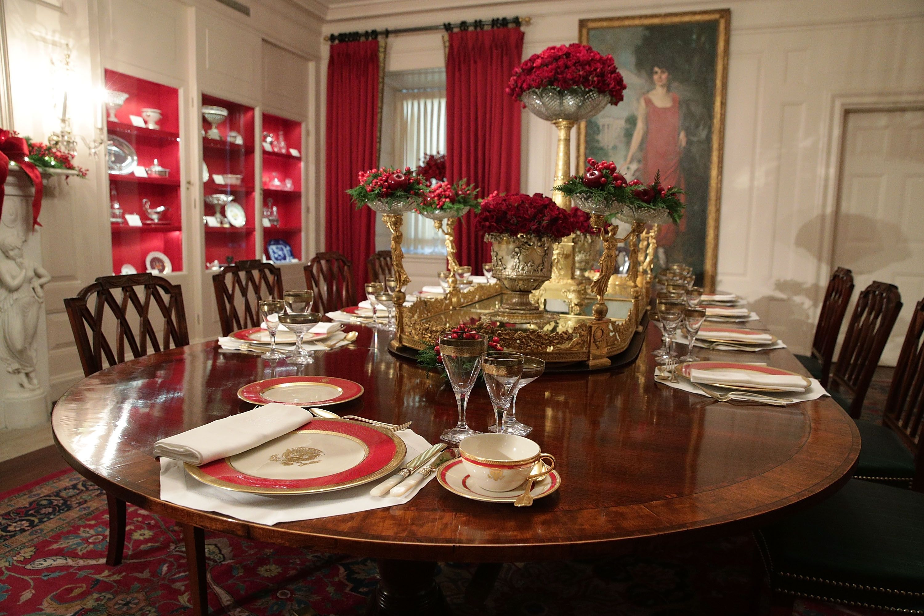 white-house-christmas-decorations-china-room-1511801261.jpg