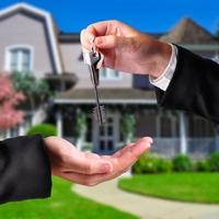 Eszetlen ingatlan adásvétel? – Lehet okosan is!