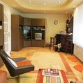 Kényelmes otthon vár új lakóra Baján