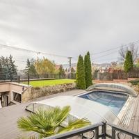 Itt a nyár! Elhoztuk nektek a legszebb medencés házakat!