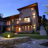 Ilyen egy igazi luxus családi ház!