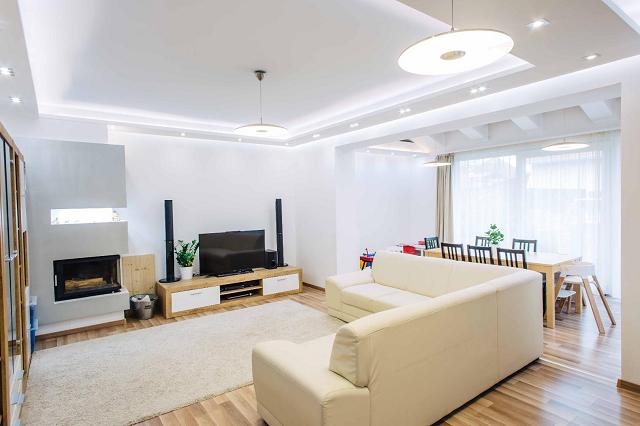 Dübörögnek a lakásépítések: hajsza indul a legjobb otthonokért