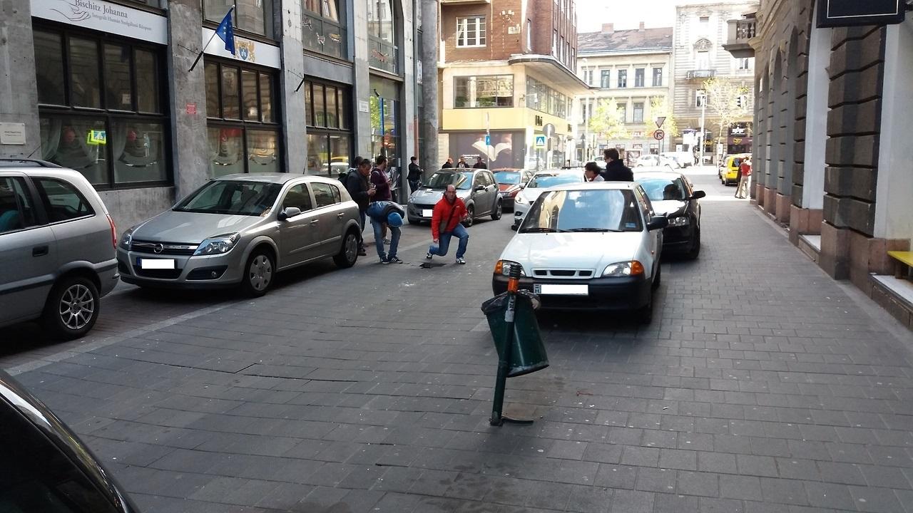 A belvárosban valódi luxus autót fenntartani