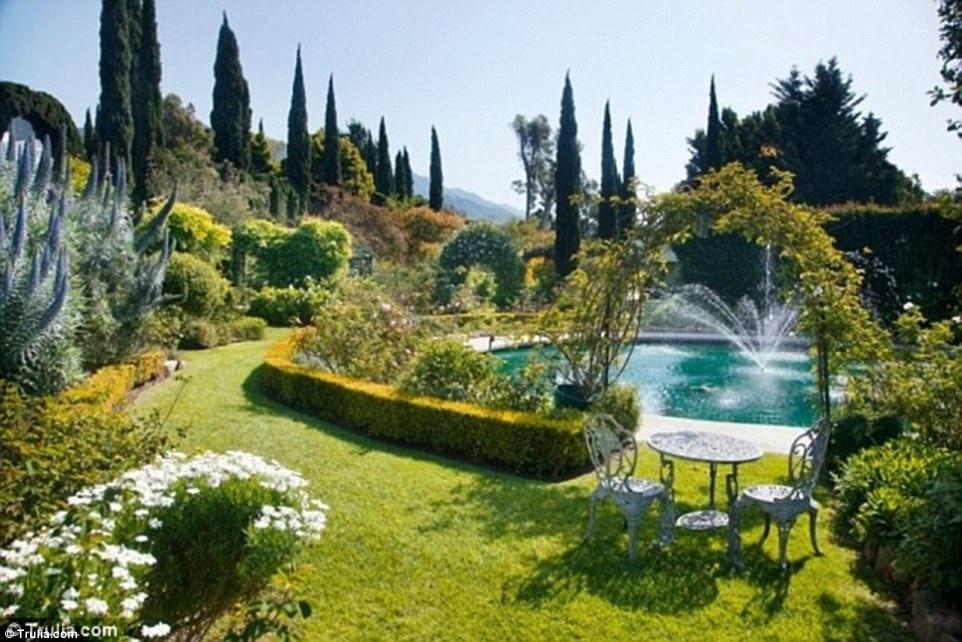 Gwyneth Paltrownak tényleg Monet ihlette a kertjét