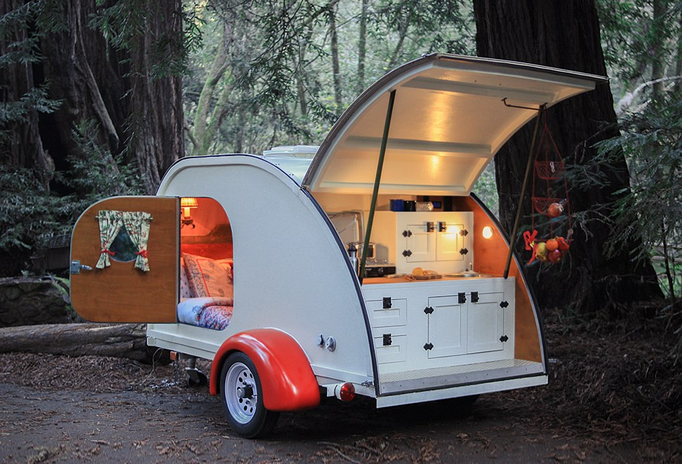 Íme a legolcsóbb lakókocsi igazi hippiknek!
