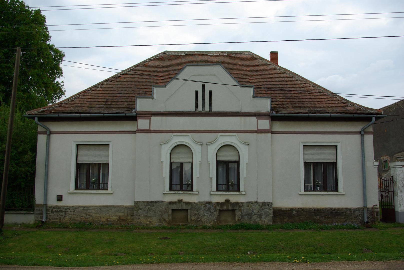 Szép vidéki házak a nyugati megyékben