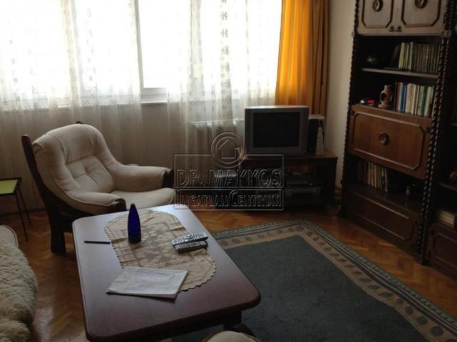 Baráti áron is van jó lakás a pesti Duna-szakaszon
