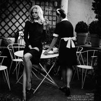 Catherine Deneuve lenyűgöző stílusában pózol Mihalik Enikő
