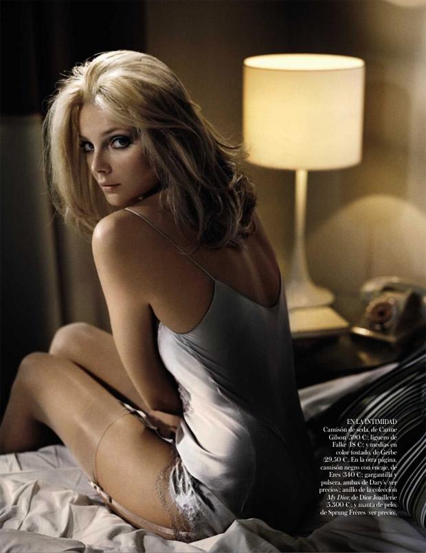 Eniko Mihalik Vogue Spain September 2012-000.jpg