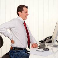 Hogyan hat az ülőmunka a gerincre?