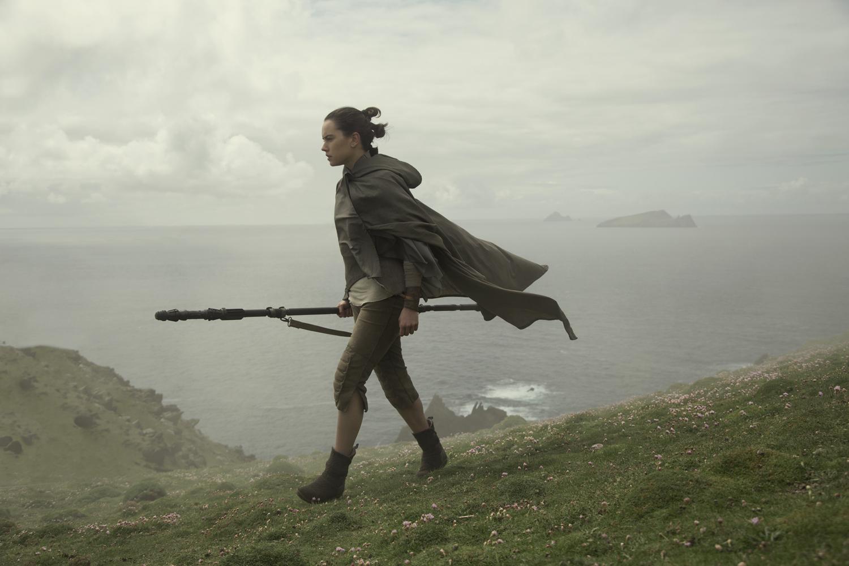 Talán már sejtitek: Luke nem fogadja tárt karokkal Reyt.