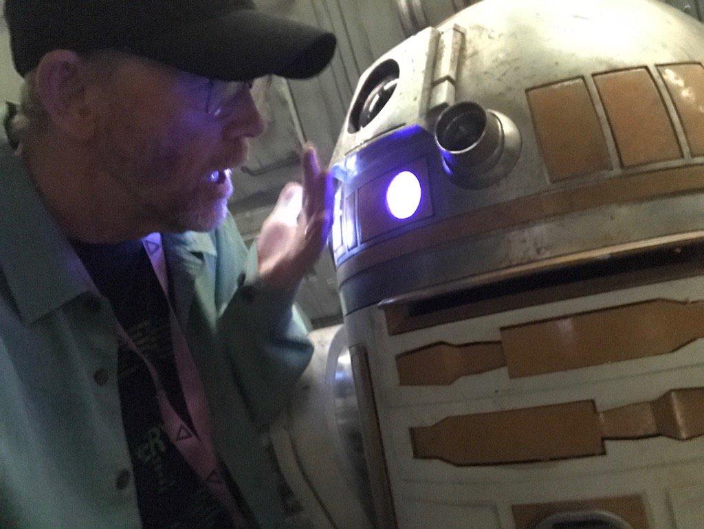 Ron Howard és egy R2 droid