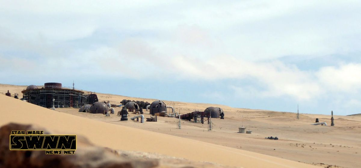 A Star Wars News Neten megjelent fotó még az építkezés folyamán készült.