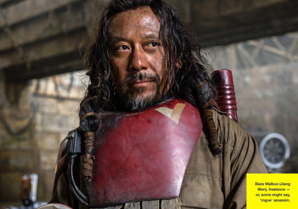 Baze Malbus (Jiang Wen) szabadúszó orgyilkos a felkelők titkos yavini támaszpontján (forrás: Lucasfilm / Empire)